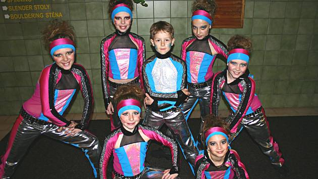 Taneční centrum R.A.K. Beroun mělo na mistrovství svá želízka v ohni