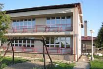 Neumětelští zateplují budovu školy a školky