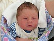 THEODOR Diviš se prvně rozkřičel do světa 29. dubna 2018, vážil 3,40 kg a měřil 48 cm. Z nového člena rodiny se radují maminka Veronika, tatínek Ondřej a bráška Ondrášek (2 roky) Divišovi.