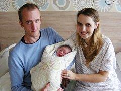 Manželé Martina a Jan Langrovi z Prahy přivedli společně na svět 29. října 2018 své první miminko, syna Antonína. Toníčkovi sestřičky na porodním sále navážily 3,26 kg a naměřily 47 cm.