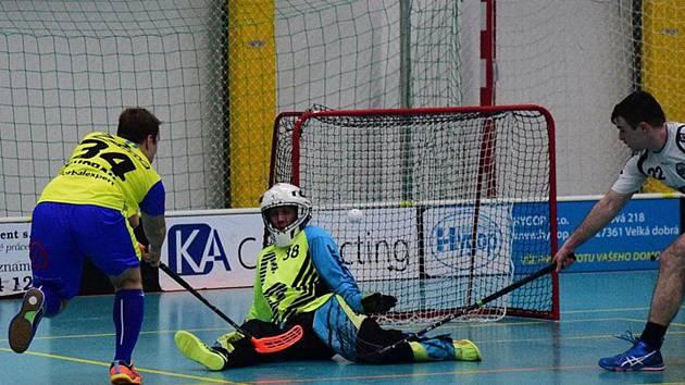 Ani gól Pavla Dvořáka na 4:2 ještě neznamenal vítězství.