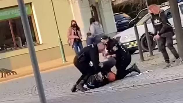 Zásah berounských městských strážníků.