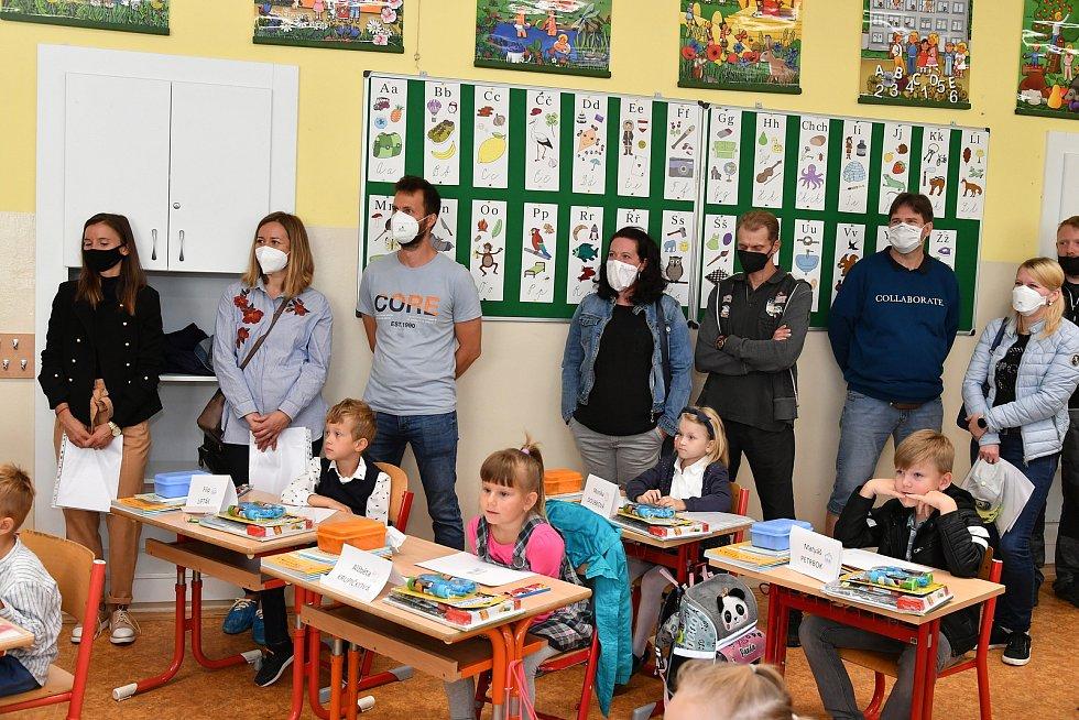 První školní den na základní škole Jungmannova, Králův Dvůr.