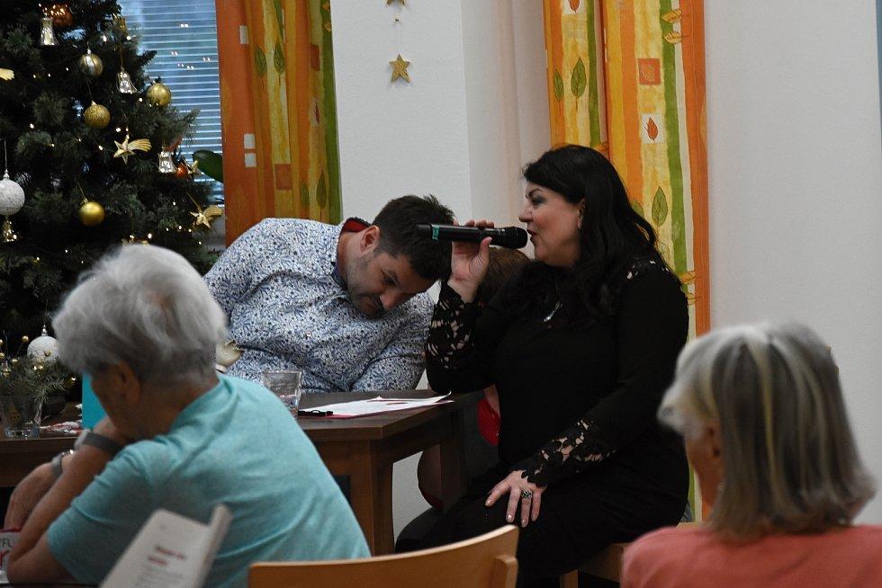 Z projektu Ježíškova vnoučata v Domově seniorů T. G. Masaryka v Berouně.