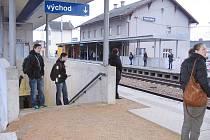 Cestující lépe zaparkují u hořovického vlakového nádraží