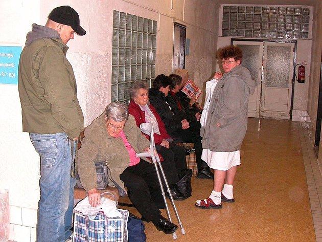 Nový systém přijímání pacientů do Nemocnice Hořovice zkrátí čekací doby na ambulancích