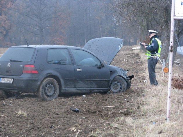 Původně vážná dopravní nehoda skončila bez těžkých zranění
