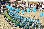 Ze spuštění projektu sdílených elektrokol na Husově náměstí v Berouně.