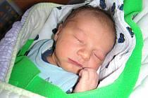 Tatínek Filip ze Zdic si nenechal ujít narození syna Jakuba Kubišty, kterého přivedla na svět 12. dubna 2014 maminka Martina. Chlapeček vážil po porodu 3,55 kg a měřil 50 cm. Kubíček bude vyrůstat s bráškou Štěpánkem (5,5).
