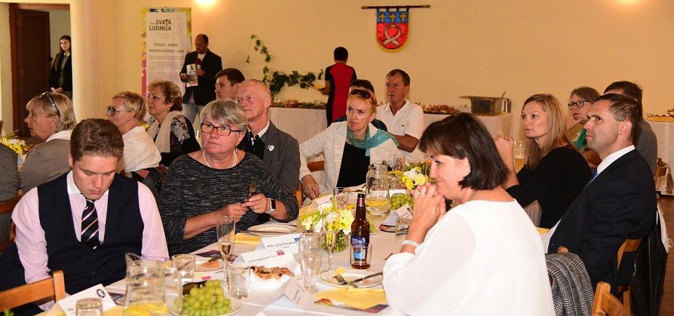 Ze setkání starostů v rámci Svatoludmilské poutě na Tetíně.