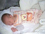 JAKUB Baláš se narodil 5. srpna 2017 v hořovické porodnici U Sluneční brány. Jakub se narodil manželům Kláře a Jaroslavovi Balážovým, kteří ho přivedli na svět společně.
