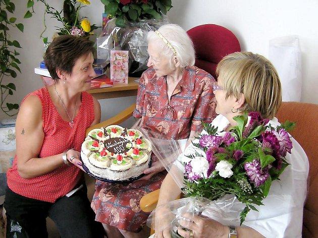 Karolina Berková oslavila sté narozeniny