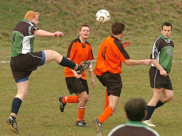 Fotbalová mužstva hrající okresní soutěže za sebou mají poslední přípravné zápasy