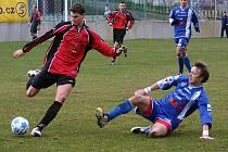 Králodvorský záložník Michal Červenka (vpravo) proti domažlicím jeden gól vstřelil a na dalších dvou se podílel.