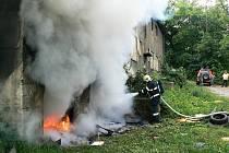 V ubytovně hoří podle hasičů velmi často. Zejména odpadky