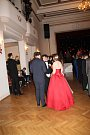 Podzimní Kurz tanečních pro mládež, který už tradičně pořádá v Berouně Romana Chvátalová, v pátek zakončil Věneček.