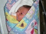 Samuel Cinkl. Váhou 4,07 kg a mírou 51 cm se mohl po narození 31. prosince 2018 pochlubit Samuel, prvorozený syn Kateřiny Ulrichové a Michala Cinkla. Novopečení rodiče si silvestrovské miminko odvezli domů do Pičína.