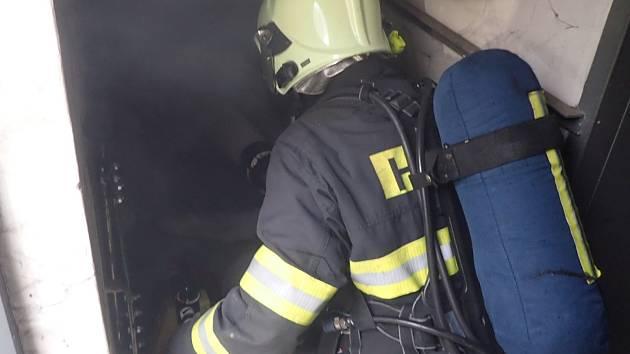 Požár trafostanice na jednom z berounských sídlišť.