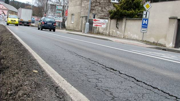 Kraj připravuje opravu poškozeného úseku na okraji Hořovic ve směru na Žebrák.