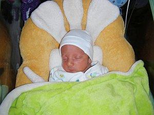 Manželům Barboře a Antonínovi Marxovým z Berouna, se 31. října 2018 narodil syn a dostal jméno Adam. Adámek vážil po porodu 2,67 kg. Brášku bude dětským světem provázet sestřička Emička (3 roky).