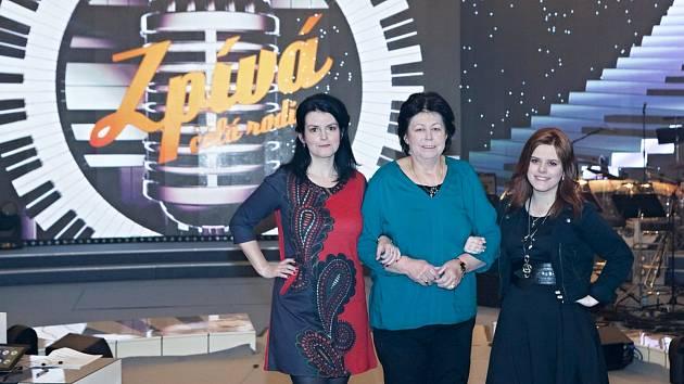 Rodina Špačkových z Tmaně ve Zpívá celá rodina