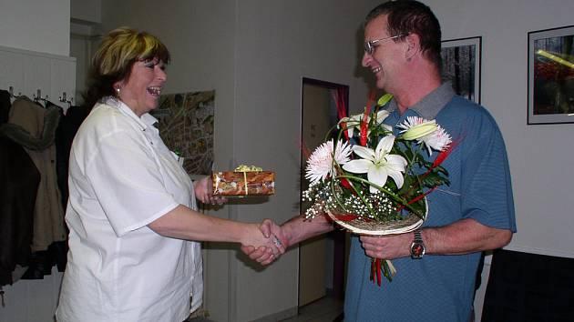 Věrné dárce pracovníci transfúzní stanice v Hořovicích odměňují