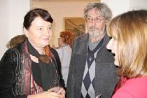 Výstava obrazů Václava Šestáka (uprostřed) začíná v hořovické Galerii Starý zámek v pátek 25. října