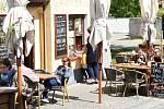 Otevřené zahrádky u restaurací na Berounsku.