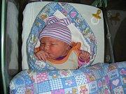 Ronja prvně pohlédla na svět v neděli 4. listopadu 2018 v hořovické porodnici U Sluneční brány. Maminka a tatínek připravili pro dcerku postýlku a hračky doma v Dobříši.