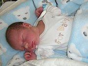 TŘETÍ syn se narodil 6. května 2018 manželům Simoně a Pavlovi Bláhovcovým z Nučic. Chlapeček dostal jméno Šimon a na svět přišel s váhou 3,70 kg a mírou 50 cm. Bráškové Tobiášek (5) a Mikulášek (3) mají ze Šimonka velkou radost