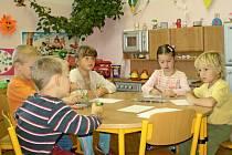 Děti ve Svinařích se dočkají větších prostor svojí školky