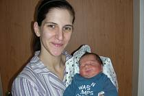 V pátek 25. ledna se stali rodiči manželé Denisa a Miroslav Kovalovi z Hořovic. V tento den se jim narodil syn Mireček, kterému sestřičky navážily na porodním sále 3,60 kg a naměřily rovných 50 cm.