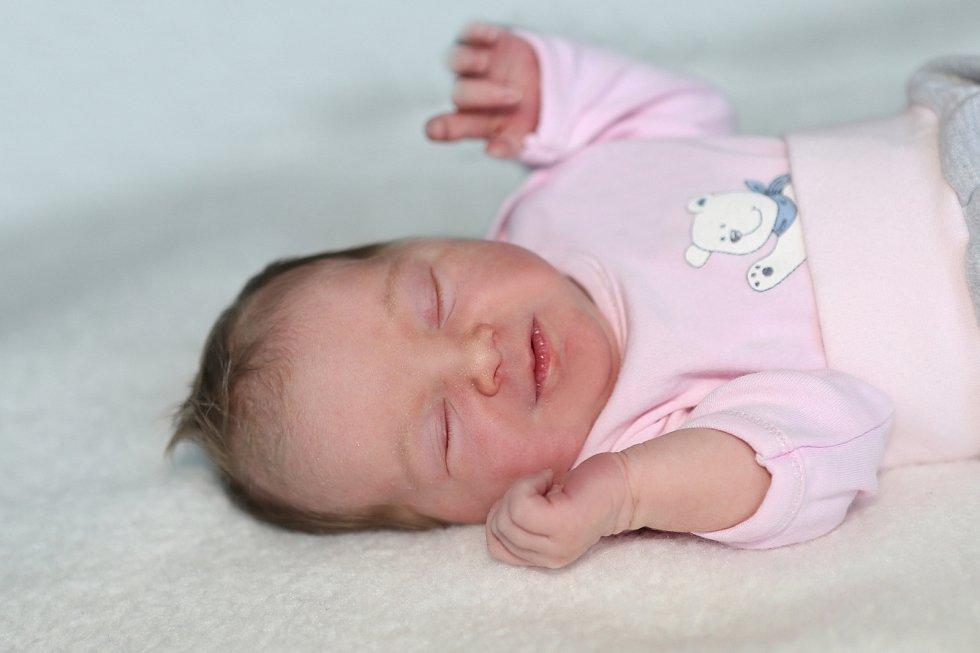 Valerie Jedličková se narodila 2. června 2021 v Příbrami. Vážila 3030g a měřila 48cm. Doma v Pičíně ji přivítali maminka Michaela, tatínek Oldřich a dvouletý Oliver.