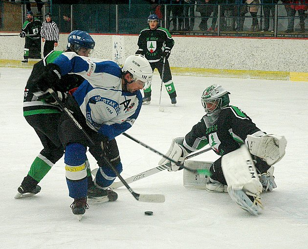 Hokejisté Spartaku Žebrák porazili Velc Žilina 6:4.