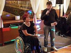 Hořovická organizace tělesně postižených pořádala 1. společenský ples