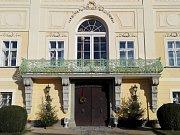 Hrad Valečov nad obcí Boseň - ilustrační foto.