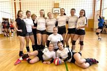 Turnaj volejbalistek v Komárově - domácí tým skončil druhý.