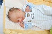 Matyáš Friš z Vlachova Březí. Matyášek se narodil 22. prosince 2018 v 10 hodin a 59 minut a při narození vážil 3310 g. Malý Matyášek je prvorozený.