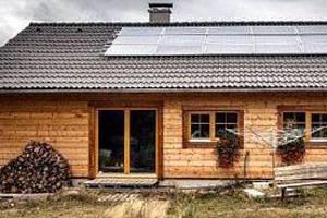Beseda o úsporách. Energeticky soběstačný dům. Ilustrační foto.