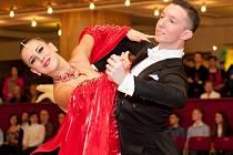 Lenka Brožáková a její nový taneční partner Michael Mikhalev z ruského Jekatěrinburgu.  Díky umístění na MČR v kombinaci deseti tanců jsou v reprezentaci ČR a klasifikovali se na MS v kombinaci deseti tanců v lotyšské Rize.