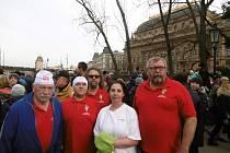 Otužilci ze Strakonic pokořili Vltavu.