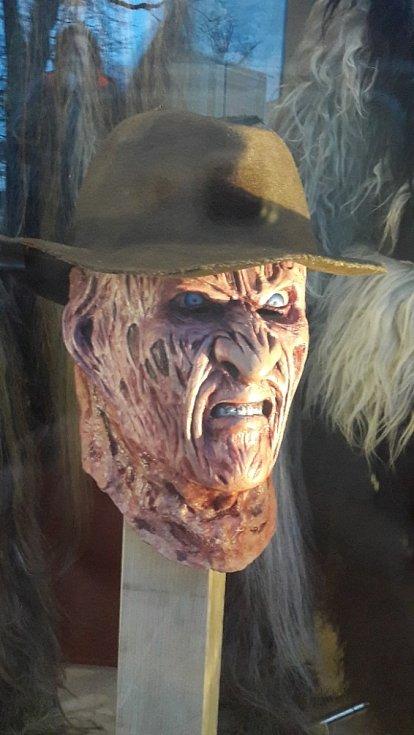 Každá maska, ať už jde o krampusáka nebo hororovou postavu, je umělecké dílo.