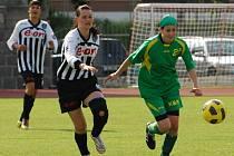 """Blatenská Vajsová (vpravo) měla několik šancí. Nakonec """"jen"""" připravila jediný úspěch svého týmu."""