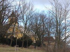 Program skupiny historického šermu Vendetta je připraven na sobotní odpoledne na štěkeňském zámku.