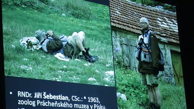 Vodňany – Při příležitosti výstavy Volání dálek, která mapuje 25 let působení společnosti Zoogeos Bohemia se ve čtvrtek 10. ledna konala v Městské galerii ve Vodňanech přednáška Albánie a Černá Hora – země hor a poslední bašta divoké přírody v Evropě.