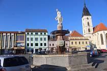 Kašna na náměstí Svobody.