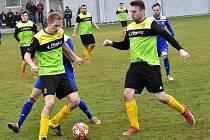 Nižší krajské soutěže přinesou o víkendu zajímavé fotbalové zápasy.