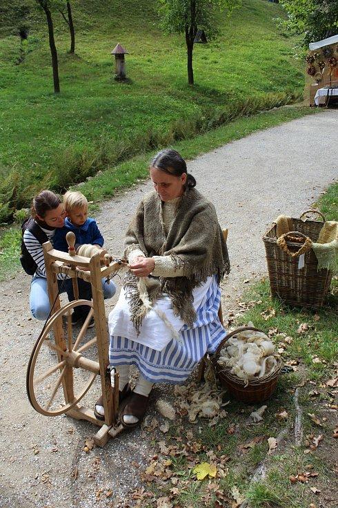 Nejoblíbenějšími místy turistů na Strakonicku jsou zámek Blatná a Hoslovický mlýn. Ukázal to průzkum Strakonického deníku.