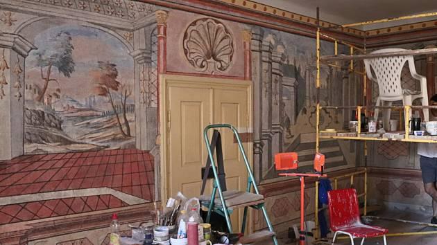 Výstava o rekonstrukci hradu ve Strakonicích. Ilustrační foto