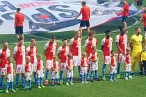 Strakoničtí fanoušci Slavie Praha vyrazili na oslavy mistrovského titulu.